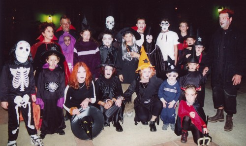 Halloween 2001 group.JPG