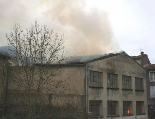 Incendie ex Ets Franzone 17 Février 2012 002.jpg