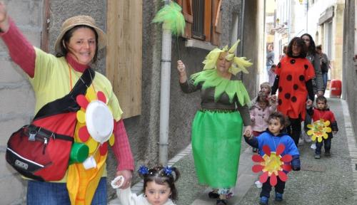 crèche halte-garderie vanille et chocolat,carnaval
