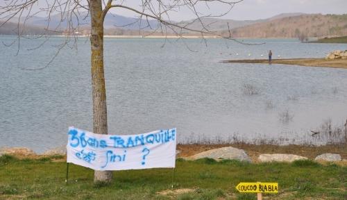 a pas de loutre,lac de montbel