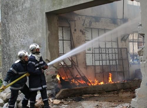 Incendie ex Ets Franzone 17 Février 2012 001.jpg